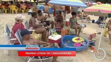 Quem foi para Caraguá encontrou as praias cheias neste sábado - Turistas aproveitaram o primeiro fim de semana do ano na praia.