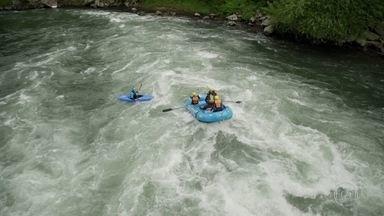 Fant360: sinta emoção do rafting nível 4, em Pucón, na Patagônia chilena - Dificuldade é considerada a mais forte do turismo de aventura. A repórter Renata Ceribelli mostra o canionismo em todos os ângulos, em 360º.