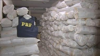 MS, PR, GO e MG são as principais rotas do tráfico de drogas e armas - Só nos últimos seis meses, quase 10 mil traficantes foram presos nas estradas. Seis em cada 10 apreensões foram feitas em Mato Grosso do Sul.