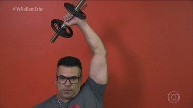 """""""Corpo em movimento"""": dicas para fazer exercício em casa - Veja três exercícios para a parte superior do corpo. Eles vão trabalhar ombro e braços, bíceps e tríceps."""