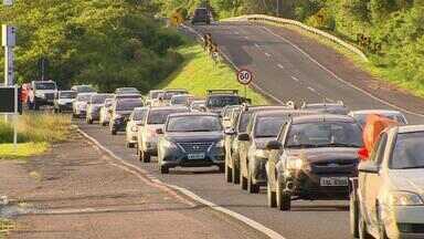 Trânsito é intenso no RS em direção ao Litoral durante os finais de semana do verão - Assista ao vídeo.