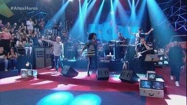 Altas Horas - Programa de 13/01/2018, na íntegra - Serginho recebe Ludmilla, Patrícia Poeta, Flávio Ricco e o espetáculo 'Hebe, O Musical'