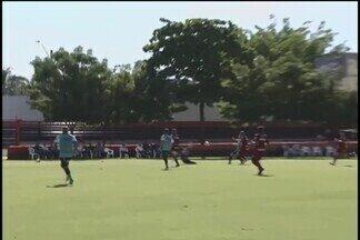Uberlândia sai na frente, mas cede empate ao Atlético-GO em último jogo preparatório - Jogo no CT do Atlético-GO termina em 1 a 1, no sábado. Estreia no Mineiro é nesta quarta-feira, contra a URT, no Parque do Sabiá