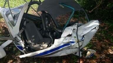 Avião de pequeno porte cai e deixa um ferido em Aquiraz - Confira mais notícias em G1.globo.com/ce