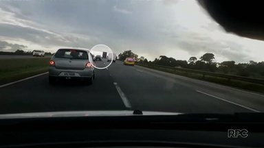 Ladrões de carro são perseguidos pela Polícia Militar em São José dos Pinhais - A ação aconteceu na BR277
