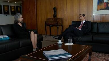 Cármen Lúcia se reúne com presidente do TRF-4 para discutir segurança - Tribunal julgará o ex-presidente Lula no próximo dia 24. Corte confirmou no fim de semana que desembargadores receberam ameaças.