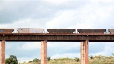Governo Federal deve mudar regras de uso da Estrada de Ferro Carajás - Governo Federal deve mudar as regras de uso da Estrada de Ferro Carajás para facilitar as chegada dos trens de cargas embarcadas na Ferrovia Norte-Sul.