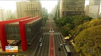 São Paulo faz 464 anos no próximo dia 25 de janeiro - Na quinta-feira (25), tem uma gigante fazendo aniversário. É o dia de bater palmas para São Paulo. Os jornais locais vão trazer reportagens especiais durante toda a semana.