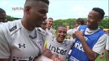 Confirmado como titular do São Paulo, Brenner é a principal aposta da base para 2018 - Confirmado como titular do São Paulo, Brenner é a principal aposta da base para 2018