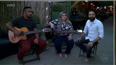 Cantora Taline Clara lança novo CD em Petrolina - A artista está prestes a gravar sua nova música autoral.