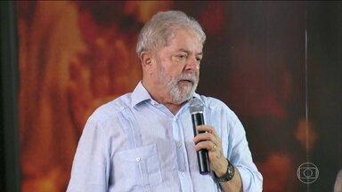PT lança pré-candidatura de Lula após condenação que o tornou ficha suja - Defesa de Lula diz que vai ao Superior Tribunal de Justiça recorrer da sentença do TRF4 que confirmou condenação e aumentou pena.
