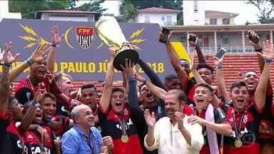 Placar da Rodada mostra os gols dos estaduais e o título do Flamengo - Time carioca supera o São Paulo e conquista a quarta taça da Copa SP de Futebol Júnior. No Paulistão, Palmeiras e Santos vencem de virada.