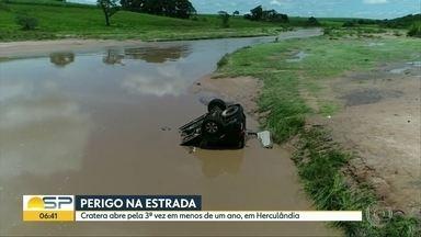 Estrada cede e causa morte de duas pessoas em Herculândia - Cratera em rodovia do centro-oeste paulista já abriu 3 vezes no período de um ano.