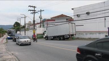 Polícia continua procurando por preso que fugiu do presídio de Florianópolis - Polícia continua procurando por preso que fugiu do presídio de Florianópolis
