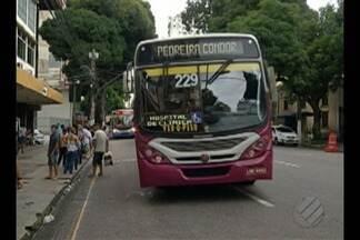 Usuários do transporte coletivo reclamam de desrespeito de motoristas de ônibus - Sensação de insegurança é pior depois de atropelamentos de duas idosas na tarde desta terça-feira em Belém.