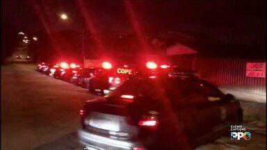 Policiais do Cope fazem operação contra o tráfico de drogas no litoral - 22 mandados de busca e apreensão foram cumpridos. Seis pessoas foram encaminhadas para a delegacia.