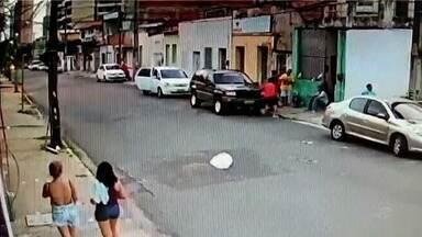 Homem mata rival na calçada de casa em Fortaleza; vídeo - Confira mais notícias em G1.globo.com/ce