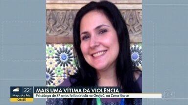 Psicóloga é baleada no Grajaú, na Zona Norte do Rio - Bandidos que tentavam roubar um carro abriram fogo contra policiais militares. Um dos tiros atingiu a mulher.