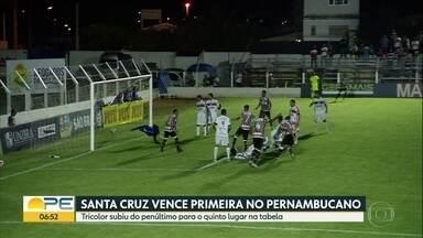 Santa Cruz conquista primeira vitória no Campeonato Pernambucano - Tricolor venceu na sexta rodada, contra o Afogados da Ingazeira por 1x0, no estádio do adversário. Com o resultado positivo, o time subiu do penúltimo para o quinto lugar na classificação.