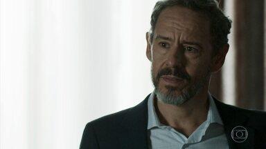 Henrique diz o que Elizabeth deve falar na audiência - Mãe de Adriana fica perplexa com o pedido do ex-marido para defender a memória de Natanael, mas promete pensar no assunto