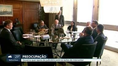 Senado deve votar agora à noite decreto de intervenção federal no Rio - O ministro da Justiça se reuniu, hoje, no Rio, com representantes da Justiça Estadual e Federal