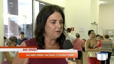 Vigilância de Jacareí reduz locais de vacinação contra a febre amarela - Segundo a prefeitura, a iniciativa visa evitar a perda de doses da vacina, o que vinha acontecendo pela baixa procura.