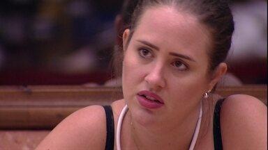 Patrícia desabafa: 'Eu estou com medo de eles mandarem o Diego' - Lucas afirma que também pode ser alvo da família