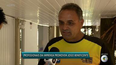 Profissionais da imprensa vão participar de partida de futebol beneficente - Jogo vai ajudar instituições de caridade.