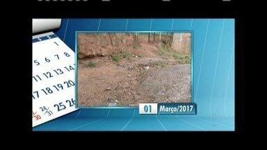 Calendário: Moradores de Cachoeira do Vale reclamam pela 3ª vez a falta de pavimentação - Outra reclamação é o mato alto.