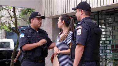 Crime de roubo a celulares é cada vez mais comum em cidades do Sul do RJ - Isso acaba mudando o hábito dos moradores, que tentam ficar cada vez mais atentos.