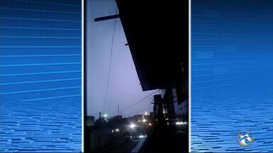 Chuva e raios são registrados no Sertão de Pernambuco - Morador de Custódia gravou imagens de raios caindo no município.