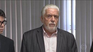 Polícia Federal indicia o ex-governador da Bahia, Jaques Wagner - Polícia Federal indiciou por suspeita de ter recebido R$ 82 milhões extraídos da obra da Arena Fonte Nova, em Salvador.