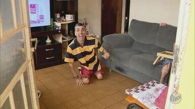 """Irmãos de Pouso Alegre (MG) recebem cadeiras de rodas doadas por campanha """"Lacre do Bem"""" - Irmãos de Pouso Alegre (MG) recebem cadeiras de rodas doadas por campanha """"Lacre do Bem"""""""
