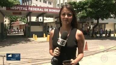 Polícia investiga morte de adolescente durante tiroteio no Caju - O tiroteio entre traficantes e policiais da UPP do Caju ocorreu nesta terça-feira (27). O adolescente de 15 anos foi levado para o Hospital de Bonsucesso, mas não resistiu.