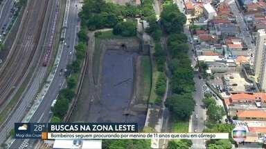 Bombeiros procuram por menino de 11 anos que caiu em córrego na segunda-feira - Área das buscas foram ampliadas e agora vão do Córrego Rincão na Vila Matilde até a Barragem de Santana de Parnaíba