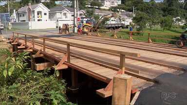 Nova ponte do Parque Tingui fica pronta - A ponte estava interditada há quase um mês.