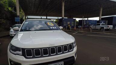 Médica é sequestrada em estacionamento de mercado em Maringá - Bandido obriga mulher a dirigir até Foz do Iguaçu