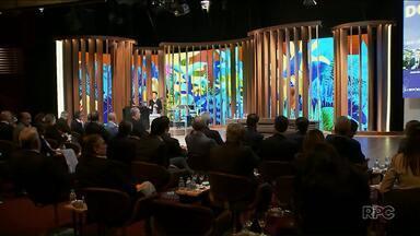Executivos da Globo se reúnem para debate - O encontro foi realizado no estúdio do programa Conversa com Bial