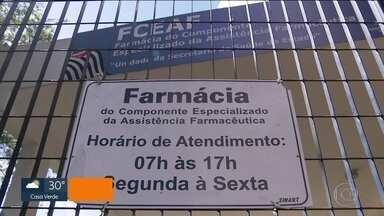 Pacientes reclamam que não encontram remédios na farmácia de alto custo, em Santo André - Pacientes reclamam que não encontram remédios na farmácia de alto custo, em Santo André.