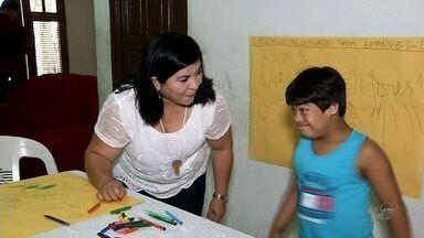 Faltam cuidadores para crianças especiais nas escolas de Sobral - Prefeitura disse que contratou 38 novos profissionais.