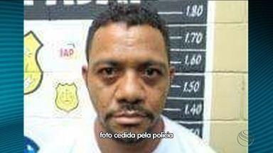 Suspeito de matar PM e participar do assalto ao Parque dos Falcões é preso - Ele foi preso em um táxi, ao lado de uma mulher, na divisa do Rio de Janeiro com o Espírito Santo.