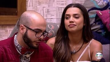Patrícia indica Paula para o Paredão - A líder questiona a personalidade da sister e a indica