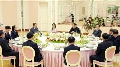 Presidente da Coreia do Norte recebe comissão de alto nível da Coreia do Sul - Eles discutiram maneiras de diminuir a tensão na Península.