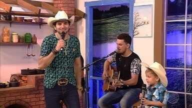 Olha esse Loubezinho cantando junto com o Loubet! - Olha esse Loubezinho cantando junto com o Loubet!