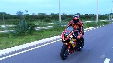 Piloto do Cariri sonha em participar do Campeonato Brasileiro de Motovelocidade - Jorginey Landim vem acumulando prêmios em competições no Nordeste.