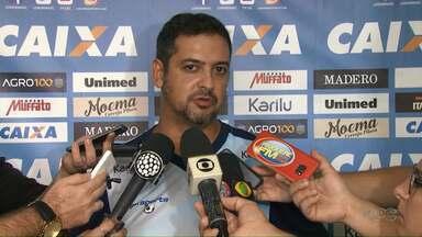 Diretoria apresenta novo técnico do Londrina - Marquinhos Santos demonstrou confiança nos jogadores e na classificação para a próxima fase.