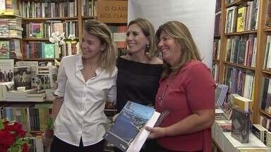 Rosana Valle lança segundo livro do Rota do Sol - Evento ocorreu na Livraria Martins Fontes, e se repete no sábado.
