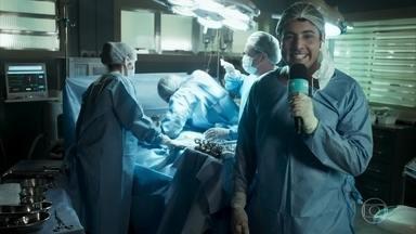 Bruno de Luca em 'Cirurgião por um dia' - Haja coração, amigo!