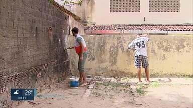 Voluntários revitalizam escola pública na Zona Norte do Recife - Ação em escola no Córrego do Jenipapo foi realizada pela ONG Visão Mundial.