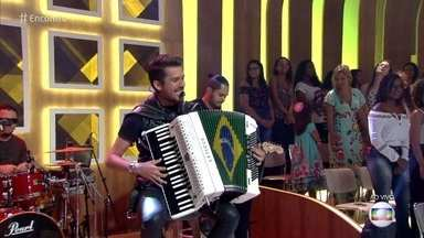 Luan Forró Estilizado canta 'Pindaíba' - Confira a apresentação!